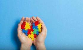 Autismo: saiba como identificar os primeiros sinais e conheça as formas de tratamento